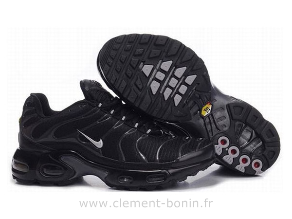 chaussures pour homme nike tn