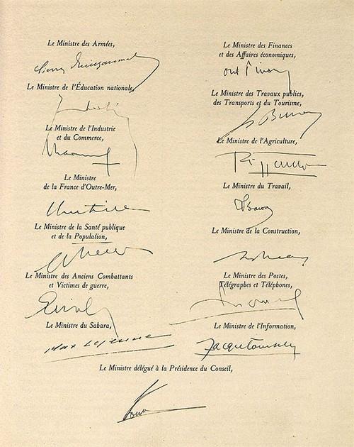 http://www.commando-air.fr/resources/constitution-1958-3_500.jpg